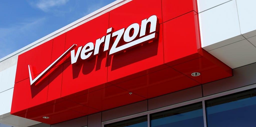 Verizon Boosts Quarterly Dividend Payout 21 Vz