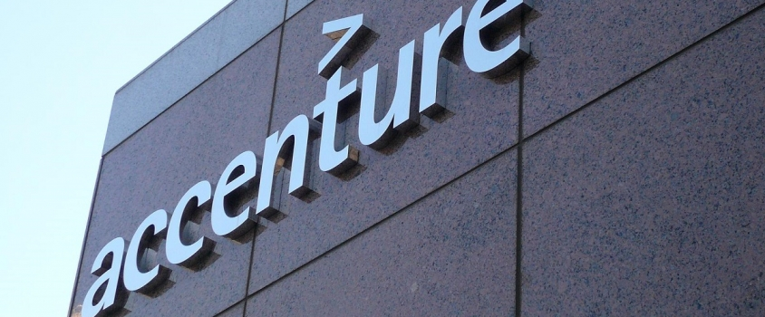 Accenture Boosts Quarterly Dividend Payout 10% (ACN)