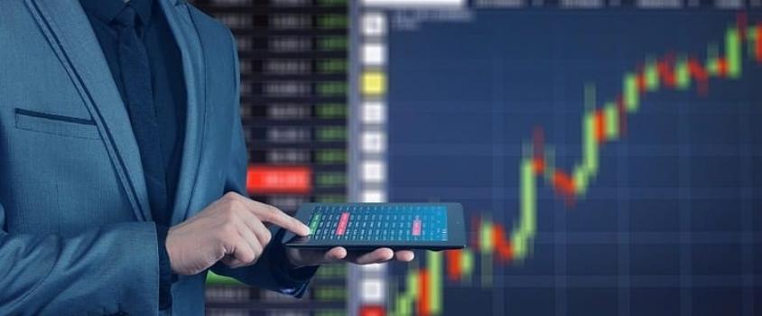 Ameriprise Financial Hikes Quarterly Dividend 8.4% (AMP)