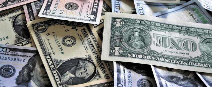 BB&T Corporation Raises Quarterly Dividend 8% (BBT)
