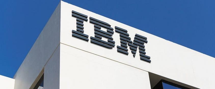 IBM Corporation Offers Shareholders 4.7% Dividend Yield (IBM)