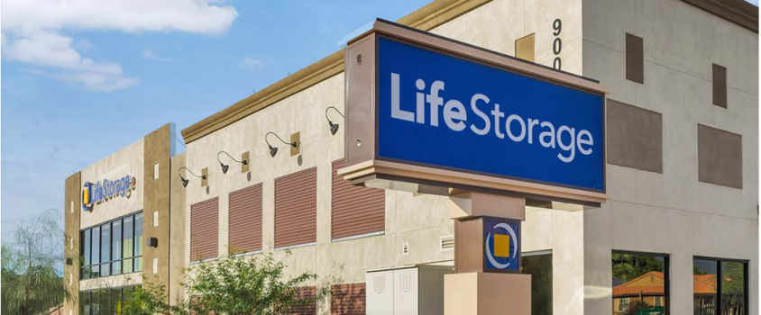 Life Storage Offers Shareholders 4% Dividend Yield (LSI)