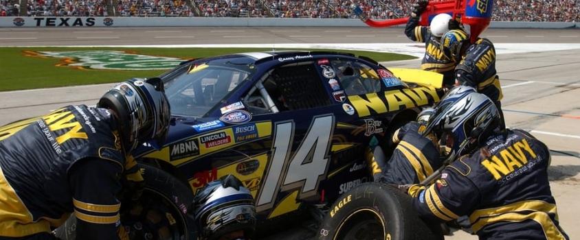 Speedway Motorsports Announces Quarterly Dividend, Yields 3% (TRK)