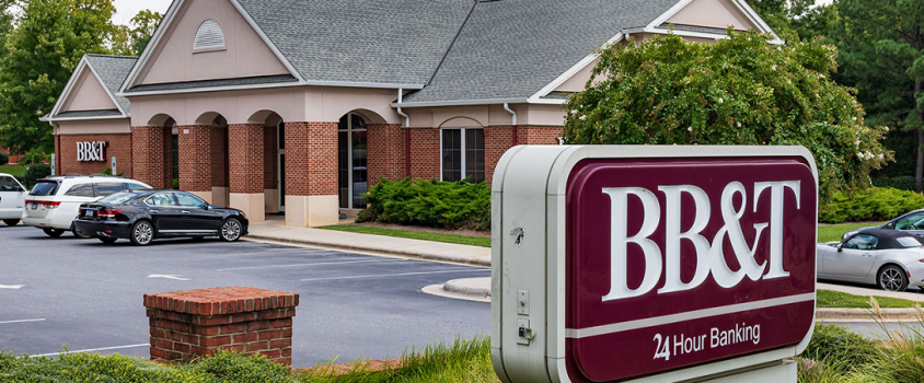 BB&T Corporation Rewards Shareholders with 11% Quarterly Dividend Hike (NYSE:BBT)